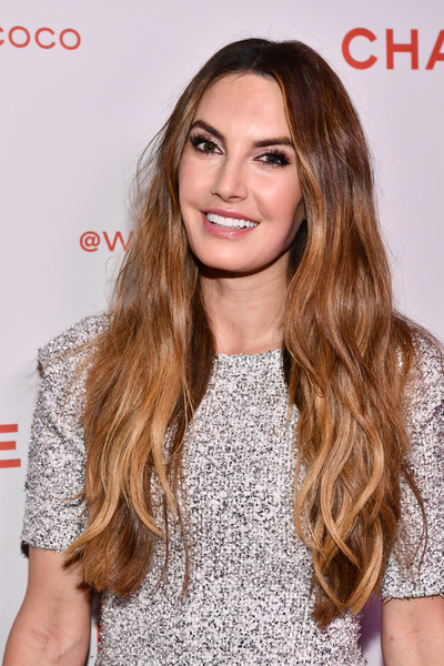 Elizabeth Chambers sported a super-long wavy 'do at the Chanel Beauty House party.
