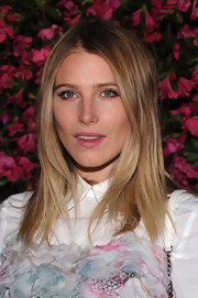 Dree Hemingway rocked a nude lip at the Chanel Tribeca Film Festival.