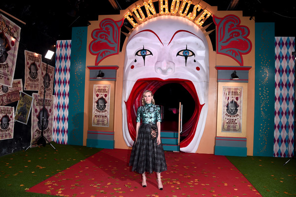 More Pics of Diane Kruger Pumps (3 of 7) - Heels Lookbook - StyleBistro [it chapter two,fun,performance,architecture,costume,art,vacation,stage,world,tourist attraction,illustration,vip arrivals,diane kruger,european,england,london,the vaults,premiere,it chapter two european premiere]