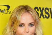 Charlize Theron Medium Wavy Cut