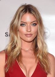 Martha Hunt rocked messy-sexy waves at the Charlotte Tilbury x Samsung event.