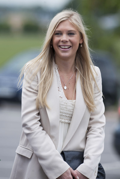 Chelsy Davy Long Center Part [harry,prince,pilot,chelsy davy,colonel,chief,hair,white,street fashion,blond,photograph,lady,blazer,clothing,outerwear,beauty,course graduation,pilot course graduation,army,prince of wales]