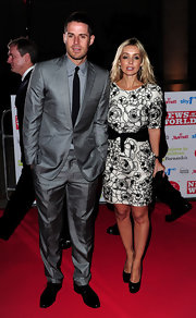 Jamie wore a shiny gray suit on the red carpet to support the Children's Champions Awards.