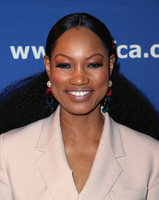 Garcelle Beauvais sported a kinky ponytail at the Beat the Odds Awards.