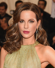 Kate Beckinsale attended the Met Gala wearing her hair in vintage-style bouncy curls.