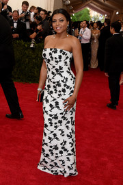 Taraji P. Henson sheathed her curves in a black-and-white strapless gown by Balenciaga for the Met Gala.