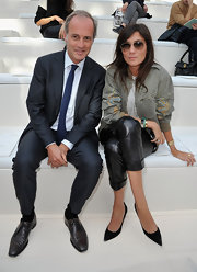 Emmanuelle Ant attended the Chloe fashion show in a pair of classic pointy pumps.