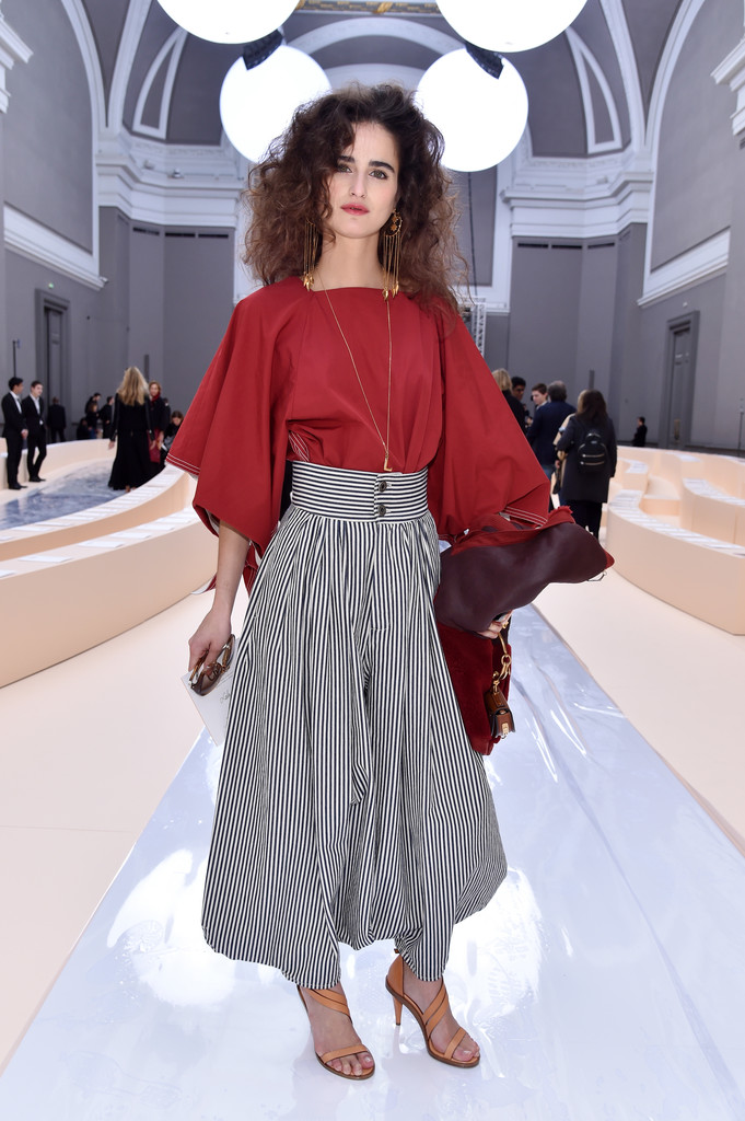 Loulou Robert At Chloe Pfw Fall 2017 The Can 39 T Miss Celeb Looks From The Frow Stylebistro