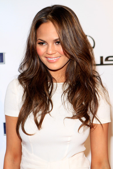 Chrissy Teigen Layered Cut