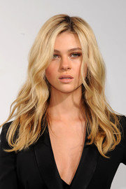 Nicola Peltz topped off her look with sexy, tousled waves when she attended the Dior Cruise show.