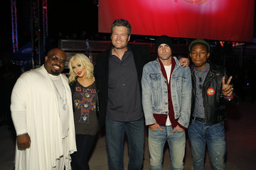"Christina Aguilera Blake Shelton ""The Voice"" - Season 8 Coaches And Top 8 Contestants Concert"