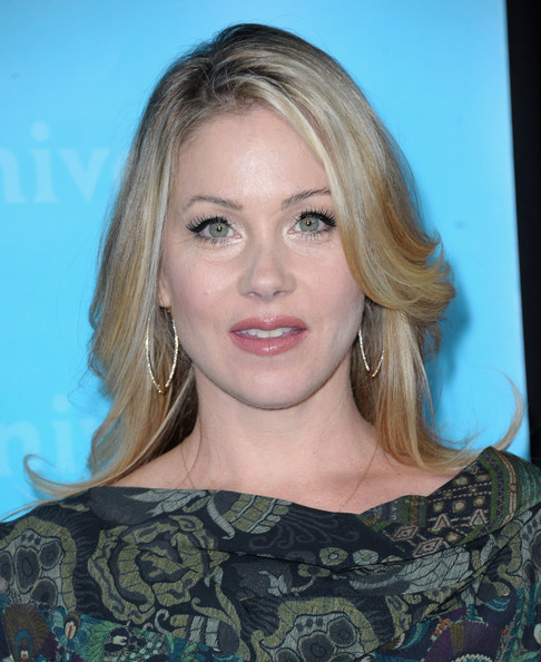 Christina Applegate Pink Lipstick [hair,face,blond,hairstyle,eyebrow,chin,lip,long hair,beauty,layered hair,christina applegate,pasadena,california,nbc universal,winter tca press tour all-star party,winter tca tour all-star party]