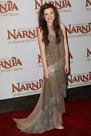 Georgie was a star at the London premiere of 'The Chronicles of Narnia' in a chiffon gown with floral lacquer embroideries.