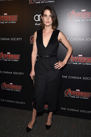 Cobie Smulders looked subtly sexy at the 'Avengers: Age of Ultron' screening in a Jason Wu LBD with a deep-V neckline and a high front slit.