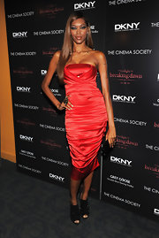 Jessica White was red hot in a strapless satin ruched cocktail dress for the 'Breaking Dawn' premiere.