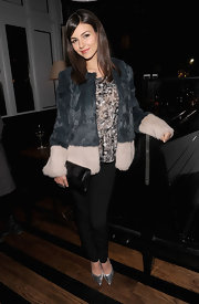 Victoria Justice played up her glam look at the screening of 'Beautiful Creatures' with a two-toned fur coat.