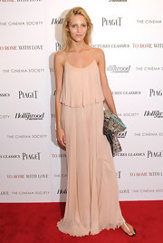 Anja Rubik looked ethereal at the screening of 'To Rome with Love' in a pleated pink evening dress.