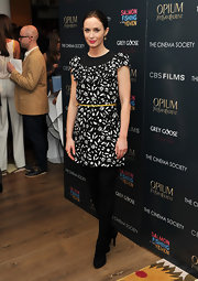 Emily Blunt wore this black-and-white cocktail dress to the NY screening of 'Salmon Fishing in the Yemen.'