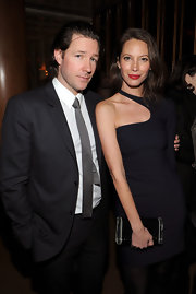 Christy Turlington showed off her sexy curves in this one-shoulder LBD.