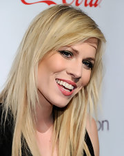 Natasha Bedingfield attended the CinemaCon 2011 Award Ceremony wearing a shimmery shade of gold-infused green eyeshadow.