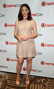 Jennifer Garner looked sweet in this nude lace shift dress at CinemaCon.