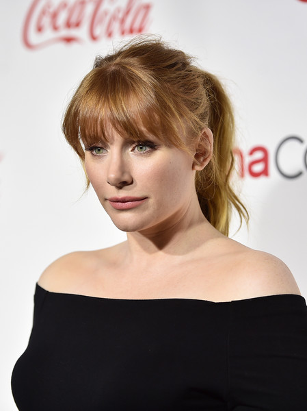 Bryce Dallas Howard kept it youthful and stylish with this messy ponytail with eye-grazing bangs at the CinemaCon Big Screen Achievement Awards.