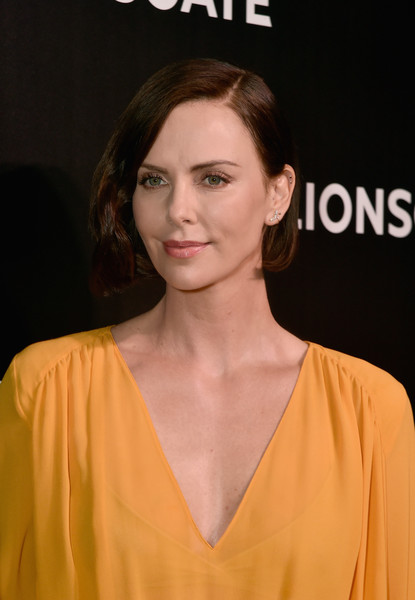 Charlize Theron looked youthful and pretty with her bob at the 2019 CinemaCon exclusive presentation of 'Long Shot.'