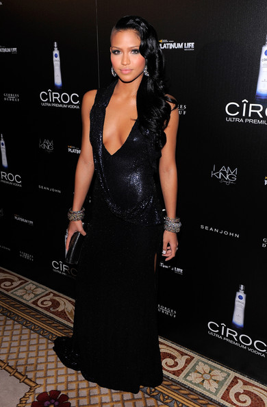 http://www3.pictures.stylebistro.com/gi/Ciroc+Vodka+Presents+Sean+Diddy+Combs+Birthday+uX3G0qlsquzl.jpg