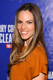 Hilary Swank wore her hair down in a casual, straight style at the opening night of 'On A Clear Day You Can See Forever.""