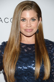 Danielle Fishel looked like a walking shampoo commercial with her long, sleek 'do during the Club Tacori event.