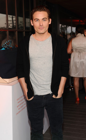 More Pics of Kevin Zegers Classic Jeans (1 of 2) - Kevin Zegers Lookbook - StyleBistro