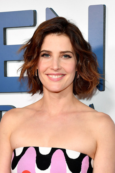 Cobie Smulders Short Wavy Cut [hair,face,hairstyle,beauty,shoulder,lip,eyebrow,brown hair,blond,premiere,arrivals,cobie smulders,new york,amc 34th street,friends from college,premiere]