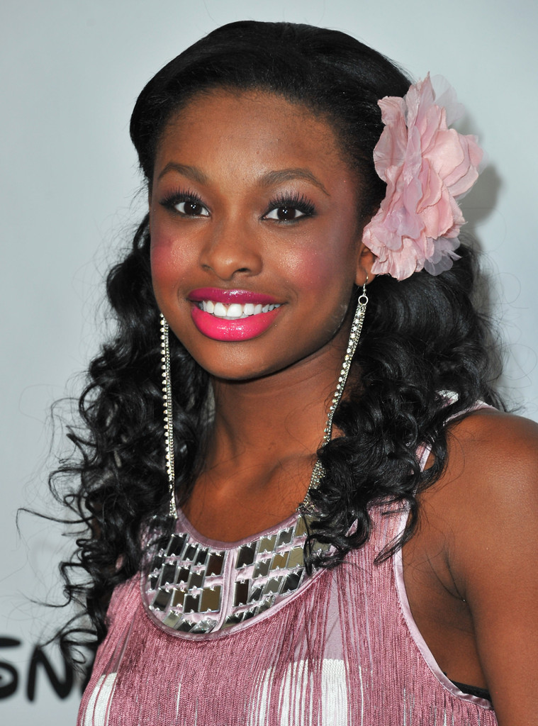 Coco Jones Accessories Looks Stylebistro