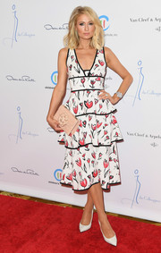Paris Hilton made a sweet choice with this tiered floral frock for the Colleagues and Oscar de la Renta spring luncheon.