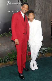 Will Smith spiced up his typical suit look with this three-piece bright red ensemble.
