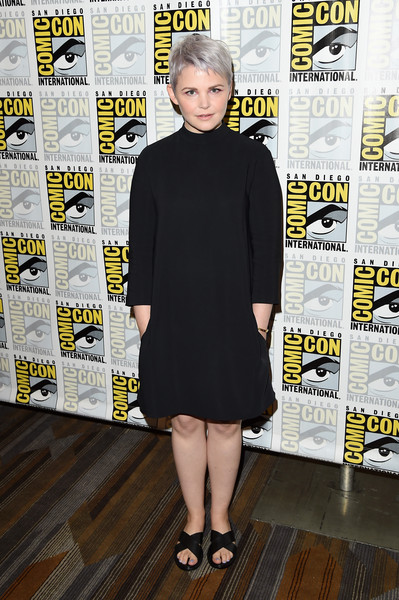 Ginnifer Goodwin went goth in a long-sleeve LBD for the 'Once Upon a Time' panel at Comic-Con.