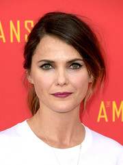 Keri Russell styled her hair into a loose side-parted ponytail for the 'Americans' FYC event.