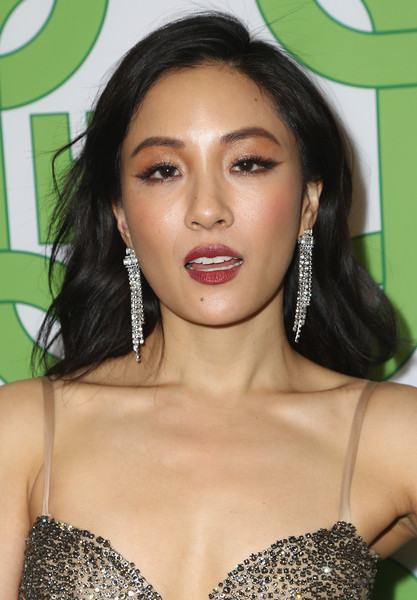 Constance Wu Long Wavy Cut [hair,face,hairstyle,eyebrow,lip,beauty,black hair,skin,eyelash,chin,constance wu,official golden globe awards,california,los angeles,circa 55 restaurant,hbo,arrivals]