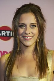 Maria wore her hair straight and slightly mussed-up to the 2012 Cosmopolitan Fragrances Awards in Madrid.