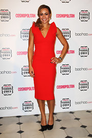 Jessica Ennis chose a bright red cocktail dress with shoulder detailing for the 2011 Cosmopolitan Ultimate Women of the Year Awards.