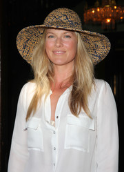 Ali Larter got into the summer mood with this wide-brimmed straw hat during Crab Cake LA.