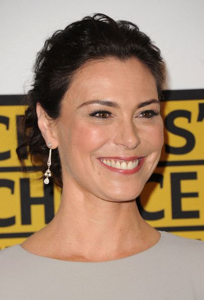 More Pics of Michelle Forbes Gemstone Inlaid Clutch (1 of 5) - Clutches Lookbook - StyleBistro [hair,face,hairstyle,eyebrow,chin,beauty,smile,forehead,pixie cut,premiere,arrivals,michelle forbes,beverly hills hotel,california,critics choice television awards]