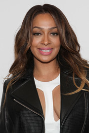 La La Anthony styled her locks with gentle waves and a center part for the Cushnie et Ochs fashion show.