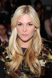 Tinsley Mortimer wore her long layered tresses in waves at the Custo Barcelona fall 2012 fashion show.