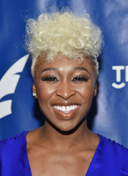 Cynthia Erivo Fauxhawk [hair,face,hairstyle,eyebrow,electric blue,blond,afro,smile,jheri curl,ringlet,cynthia erivo,drama desk awards,new york city,the new york marriott marquis,nominees reception,drama desk awards nominees reception]