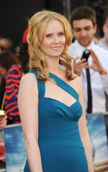 Cynthia Nixon Medium Curls
