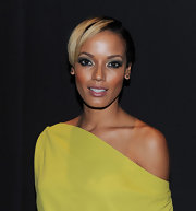 Selita Ebanks attended the Dior VIII launch wearing a cool short side-parted 'do.