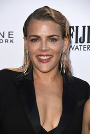 Busy Philipps attended the 2019 Fashion Los Angeles Awards wearing a vintage-glam 'do.