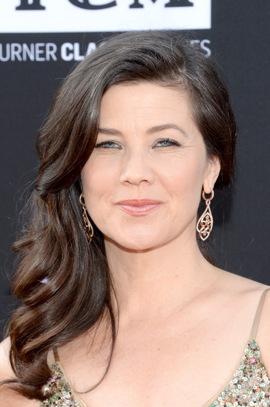 Daphne Zuniga Long Side Part