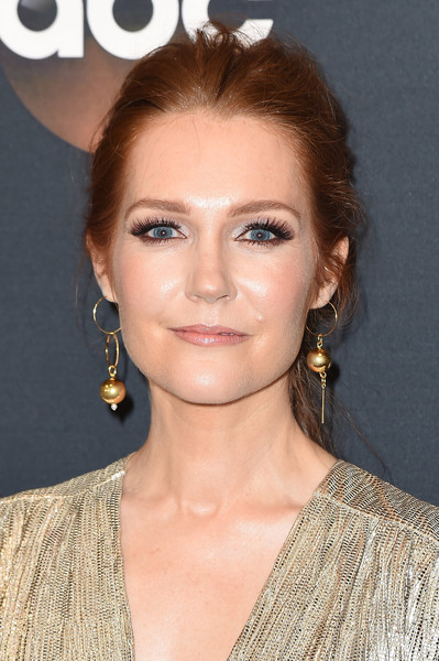 Darby Stanchfield Loose Ponytail [abc,hair,face,hairstyle,eyebrow,lip,chin,beauty,blond,brown hair,long hair,new york city,darby stanchfield]